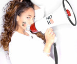 Actress Raven Symone supports NOH8. (MCTCampus)