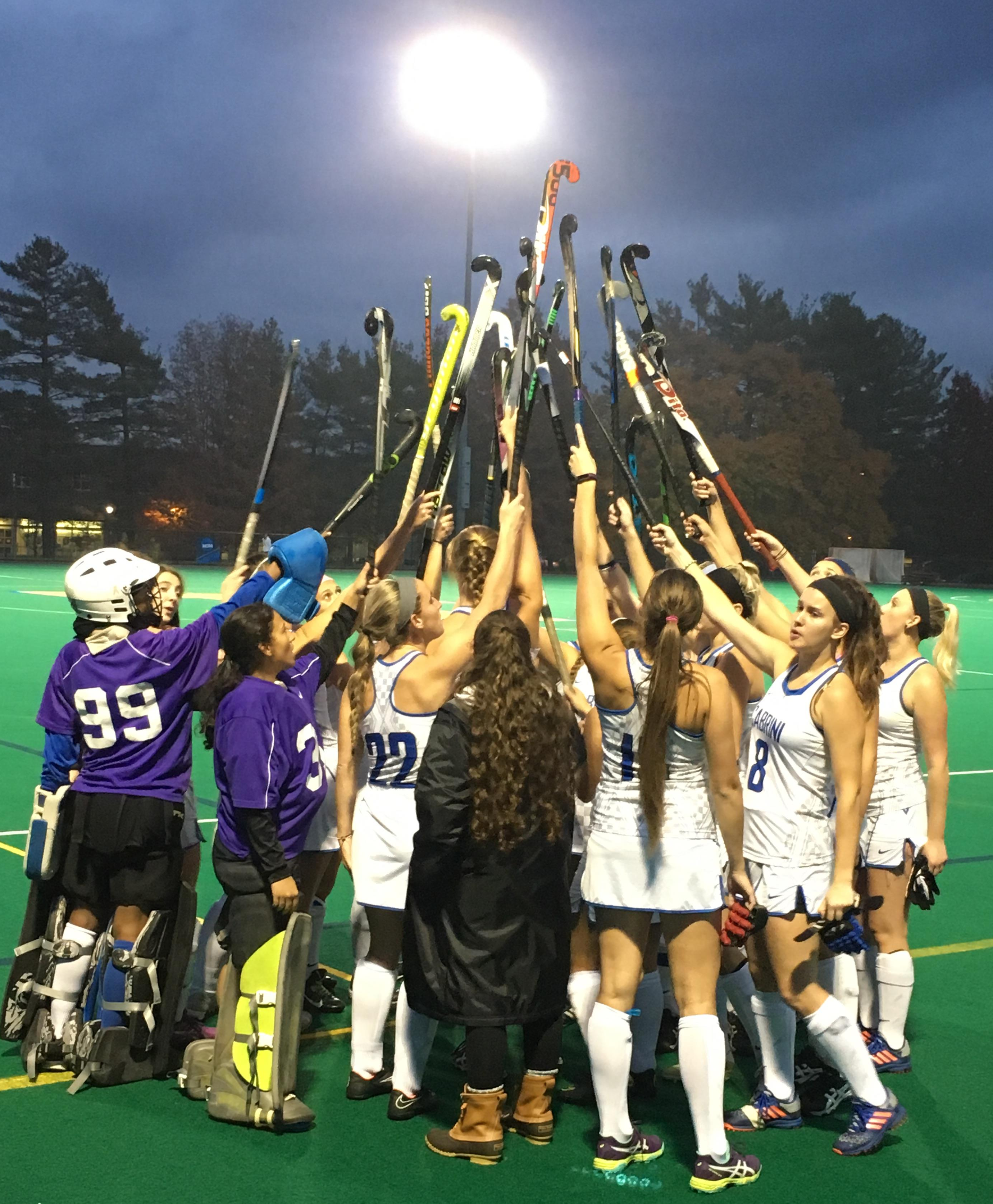 Lack of unity in this year's field hockey team results in loses